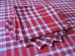 nappe bistrot a carreaux rouges et blancs 6 serviettes With nappe à carreaux