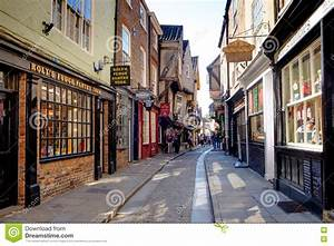 York Shambles, Shops In Medieval Street Editorial ...