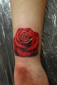 Rosen Tattoo Klein : 1001 ideen f r handgelenk tattoo werden sie unique im trend ~ Frokenaadalensverden.com Haus und Dekorationen