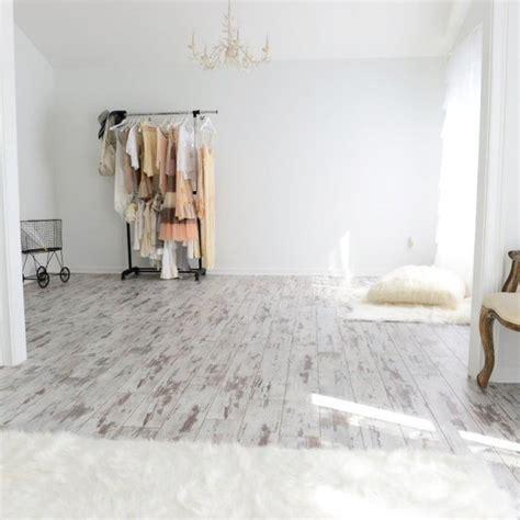 Colours Leggiero White Wash Oak Effect Laminate Flooring
