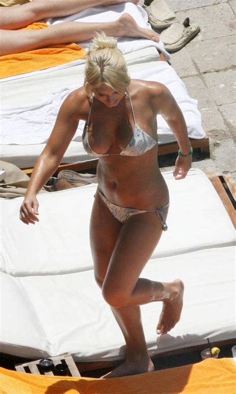 Brooke Hogan Bikini Falls Off