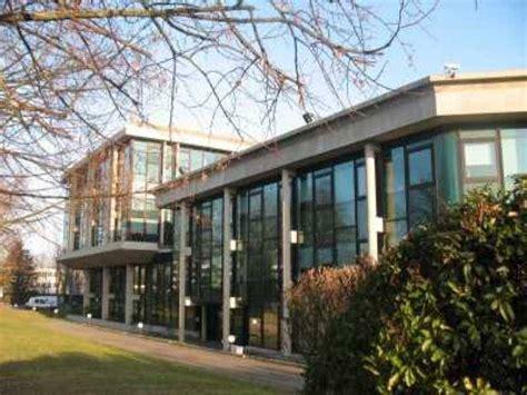 bureau de change montigny le bretonneux location bureaux montigny le bretonneux 78180 358m2