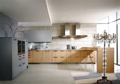 cocina finca saturn en madera clara  barra