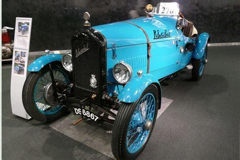 report historics classic car auction brooklands
