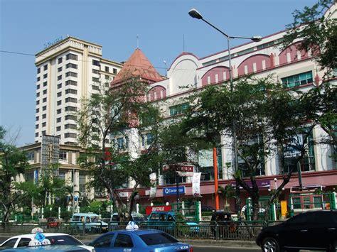Mal Mangga Dua Le Grandeur Hotel.jpg