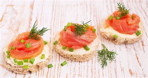 salmon canapes smoked salmon canapés 1mrecipes