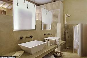 une salle de bain nature pour se ressourcer With salle de bain design avec enduit décoratif à la chaux