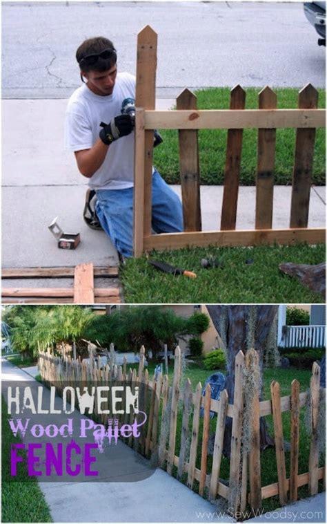 spooky diy wood halloween decorations   outdoor