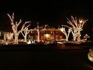 Christmas Lights In River Oaks Houston Texas Fourdogmom Christmas In River Oaks
