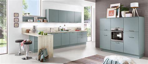 cuisine en l cuisine en l bleu scandinave cuisines cuisiniste aviva