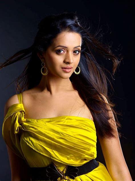 Malayalam Actress Bhavana Cute Phot Telugu Tamil Kerala