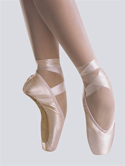 livingroom estate guernsey ballet pointe shoes for 28 images s0109 bloch pointe