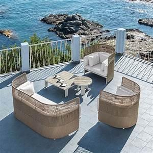 Salon De Jardin Terrasse : bien choisir son mobilier de jardin marie claire ~ Teatrodelosmanantiales.com Idées de Décoration