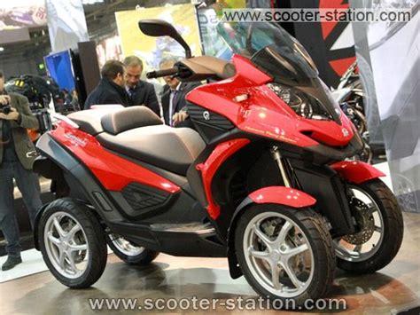 scooter  roues quadro   bientot en concessions