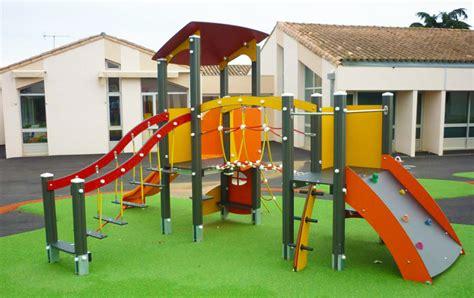 structure de jeux pour enfant bois aluminium ou robiniers