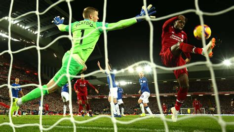 Everton vs Liverpool Preview: How to Watch on TV, Live ...