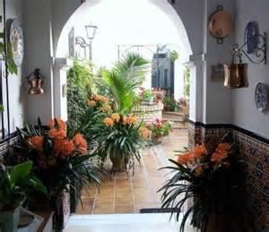 decoracion de patios interiores espaciohogar