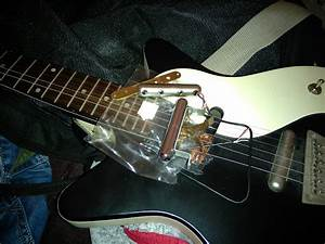 Hge Contraptions  Changed A Faulty Neck Pickup In A