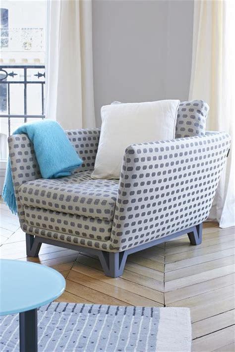 dossier de canapé un magnifique choix de fauteuils design et très confortables pour s 39 inspirer