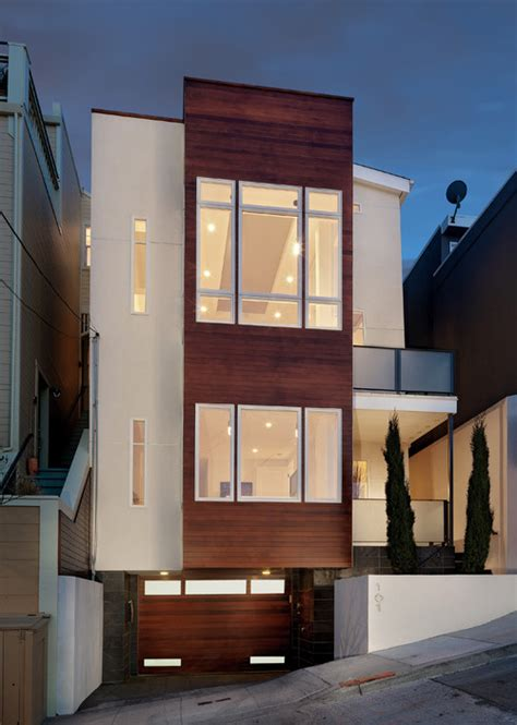 homes built  narrow lots suitable  downsized living