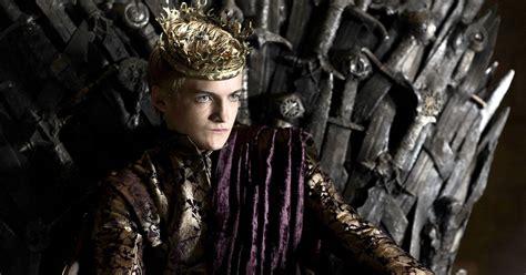 joffrey thrones game season jack baratheon gleeson king throne iron rewatching got lannister death games hbo coming series joffery actor