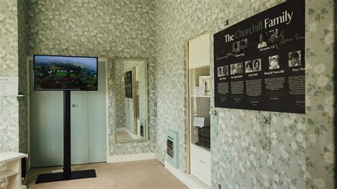 Explore inside the house at Chartwell | National Trust