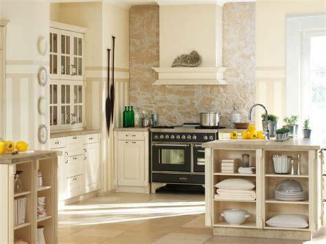 Fliesenspiegel Küche Mediterran by Mediterrane K 252 Chenm 246 Bel Leichte Sommerliche Einrichtung