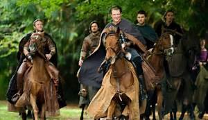 Photo de Jamie Campbell Bower - Camelot : Photo Clive ...