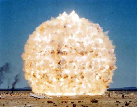top 10 biggest explosions listverse