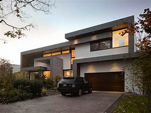 Awarded contemporary home with beautiful garden in toronto for Modern house plans toronto