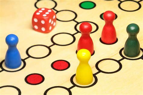El adictivo juego de cartas matemático portátil mathable® quattro estimula y refuerza las habilidades matemáticas e incluso la risa de cada jugador. En vacaciones, a jugar (1): juegos de mesa comerciales | Fernando Trujillo | De estranjis | Un ...