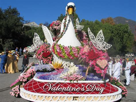 propensity rose parade floats pictures