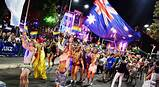 Gay gras mardi parade
