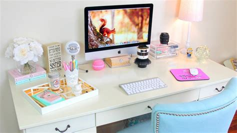 cool things to put on your desk tener o no tener oficina to be a wedding planner