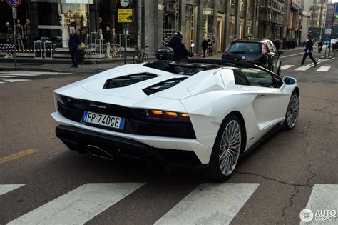 lamborghini aventador s roadster lp740 4 lamborghini aventador s lp740 4 roadster 27 april 2018 autogespot
