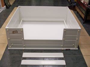 dog whelping boxes adapted   breed