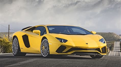 New 2018 Lamborghini Aventador Yellow Car  Hd Wallpapers