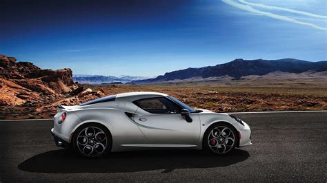 2015 Alfa Romeo 4c Spider Review, Price, 0-60, Top Speed