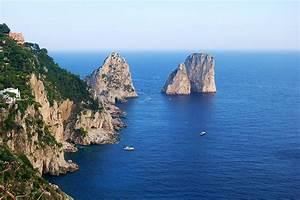 Ile De Capri Prs De Naples Vanupied