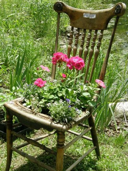 chaise pot turn chairs into beautiful flower beds and planters