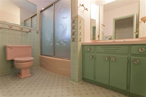 The most awesome bathroom in Florida is now just a memory
