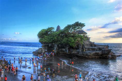 tempat wisata  bali  dikunjungi  populer