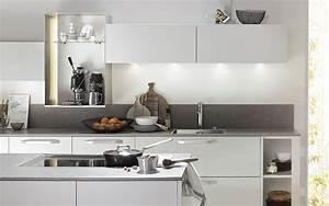 Küche Mit Apothekerschrank : k chenschr nke so richten sie ihre k che perfekt ein ~ Frokenaadalensverden.com Haus und Dekorationen