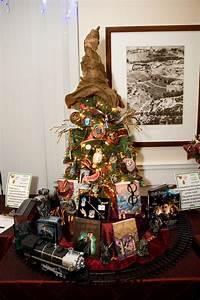 Harry Potter Decoration : a harry potter christmas day 22 a very geeky christmas ~ Dode.kayakingforconservation.com Idées de Décoration