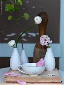 Kleine Weiße Vasen : kleine vasen f r grosse freuden sweet home ~ Michelbontemps.com Haus und Dekorationen