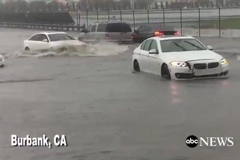 audi si鑒e social con l audi si sfidano le inondazioni e si sbeffeggiano le bmw su