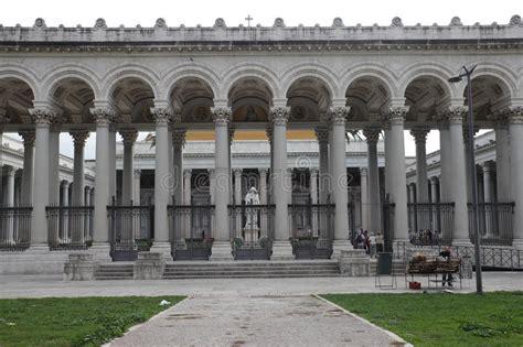 libreria san paolo roma orari san paolo in rome editorial photo image of columns rome
