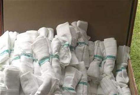 beautiful napkin displays   wedding buffet paperblog