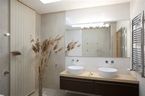 Proč Je Trendem Používat Velkoformátové Obklady V Koupelně