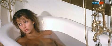 Sophie Marceau Nue Dans Descente Aux Enfers